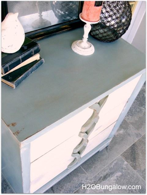 coastal dresser makeover by H2OBungalow