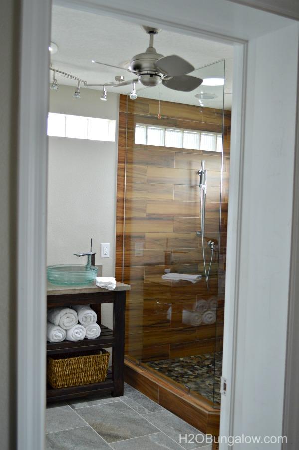 Contemporary- Coastal-Master-Bath-Renovation-H2OBungalow