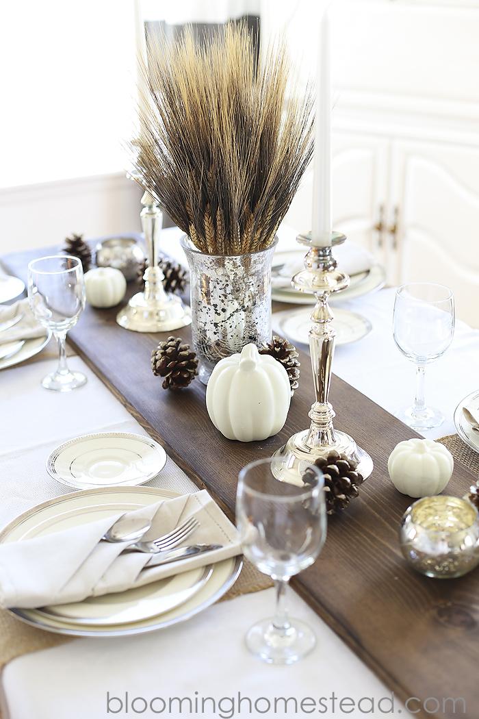 Wood-Tablerunner for Thanksgiving