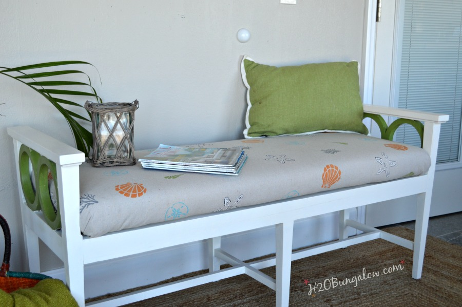 Coastal-beachy-style-bench-makeover-with-hand-stenciled-cushion-by-H2OBungalow