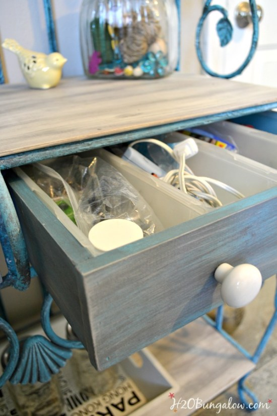 Tutorial-for-aged-finish-on-handmade-drawers-for-the-bakers-rack-makeover-H2OBungalow