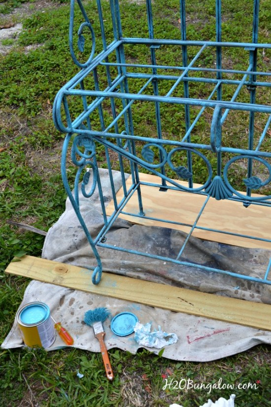 Wicker-bakers-rack-makeover-H2OBungalow