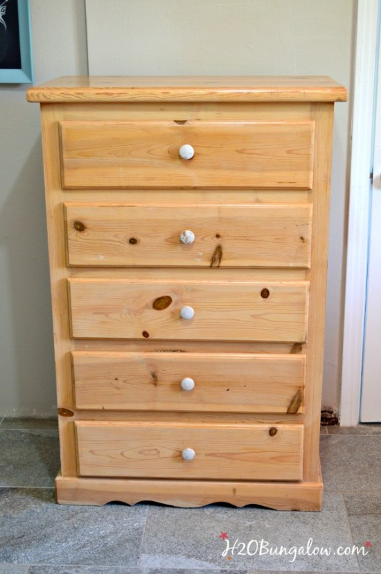 Distressed-dresser-before-photo-H2OBungalow