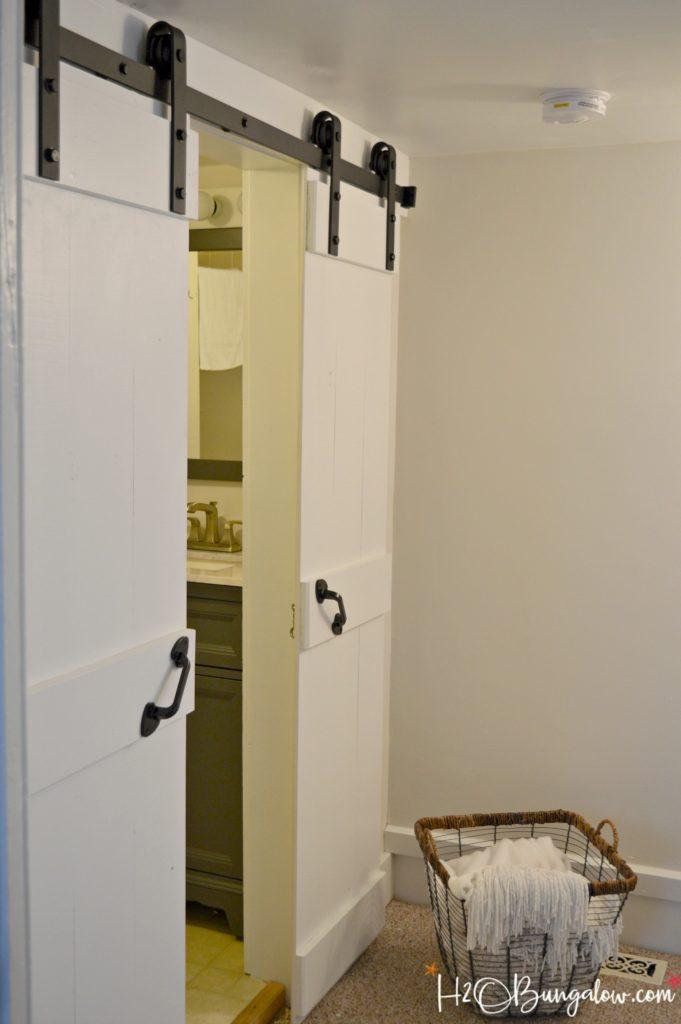 Interior DIY Double Barn Door Tutorial H20Bungalow