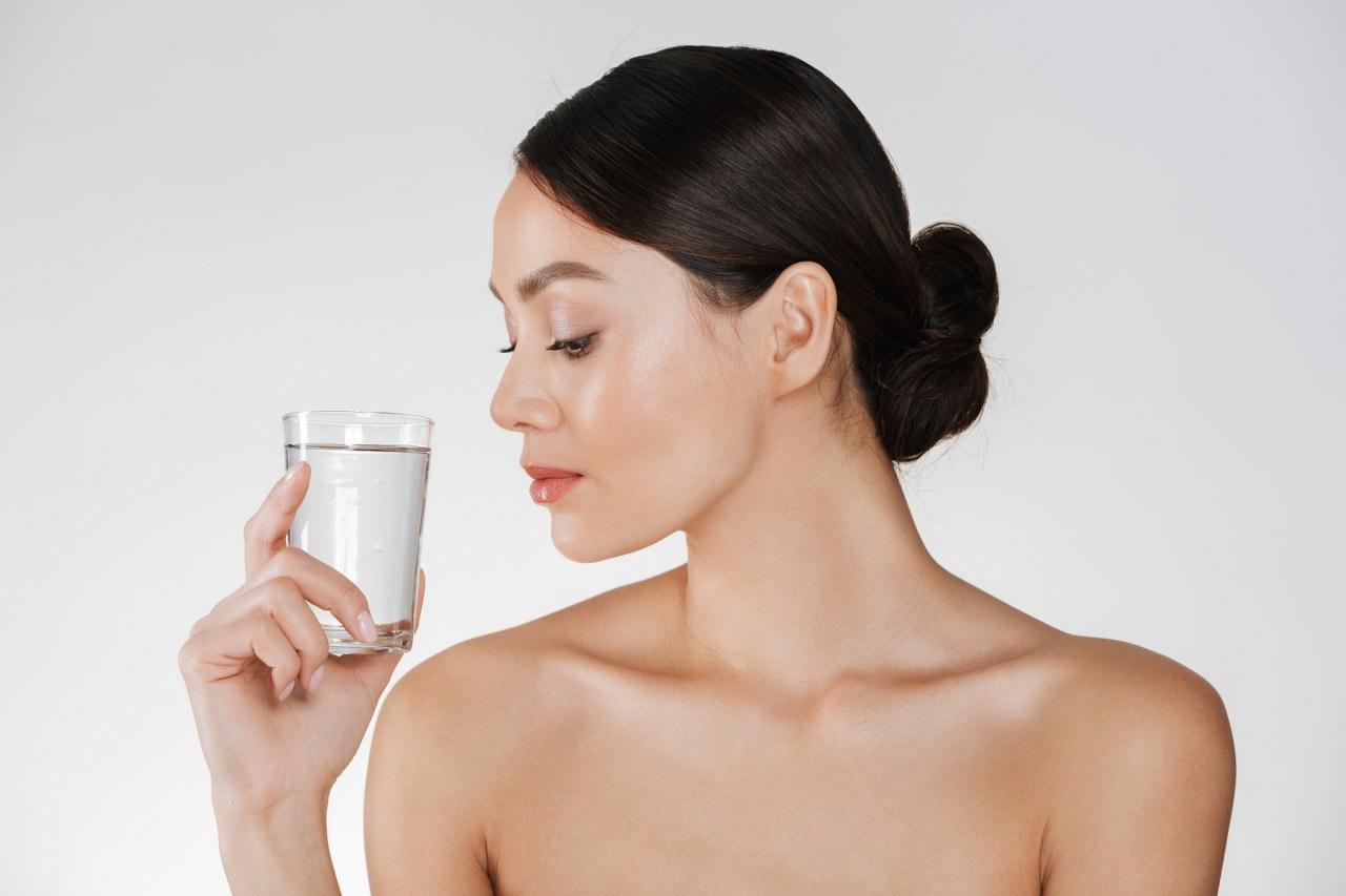 Dieta cu 8 pahare de apa - informatii, recomandari si sfaturi