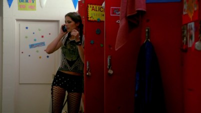 Ok, these women beat, bruise and bang each other up but their locker rooms look like Hello Kitty threw up in there. O.o