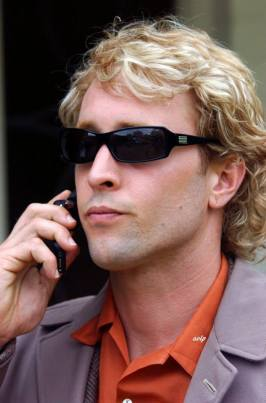 Steve McGarrett undercover as his evil twin brother...Burberry McGarrett