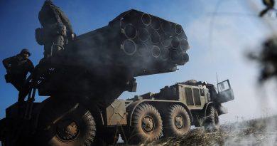 """Россия перебросила в Таджикистан ракетные комплексы """"Искандер"""""""