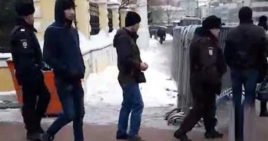 В Москве на пятничной молитве задержали мигрантов