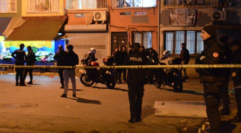 Beyoğlu'nda dehşet anları! Önce oğlunu ardından komiseri vurdu
