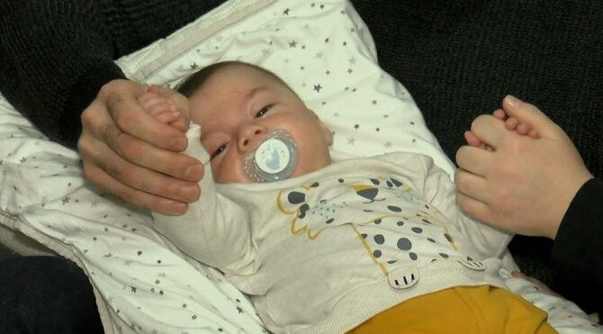SMA hastası Alparslan bebek yardım bekliyor