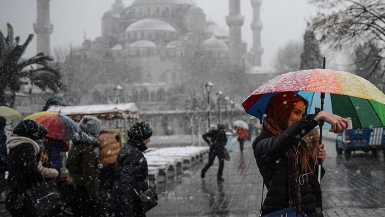 İstanbul'a kar yağacak mı? Açıklamalar peş peşe geldi…