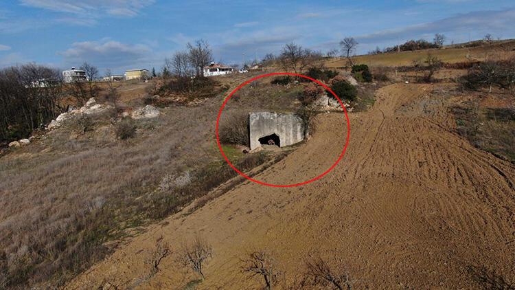 Bursa'da bir tarlada bulundu! 2 bin yıllık mezar Romalı bir aileye aitmiş