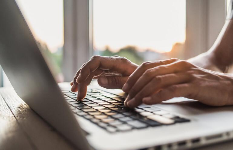 Evde çalışanlara siber güvenlik uyarısı