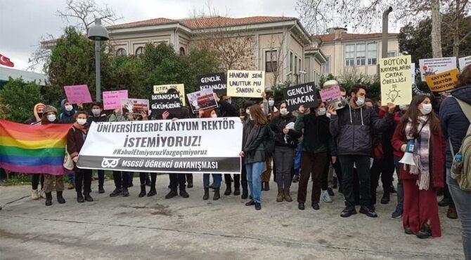 Bir üniversiteden daha 'kayyum rektör' protestosu
