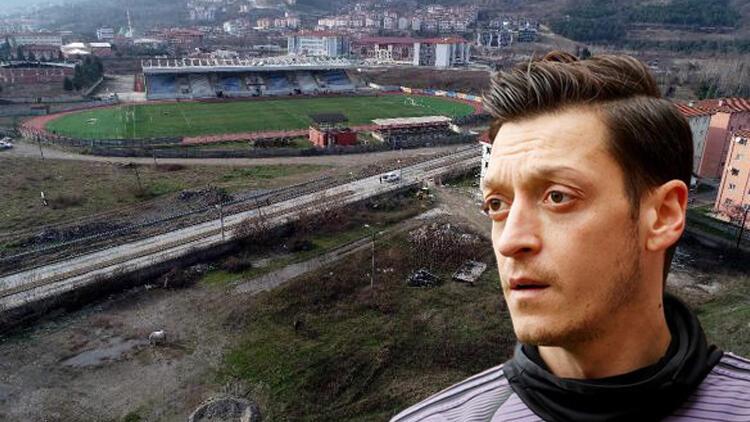 Mesut Özil, memleketi Devrek'e spor kompleksi yaptırıyor