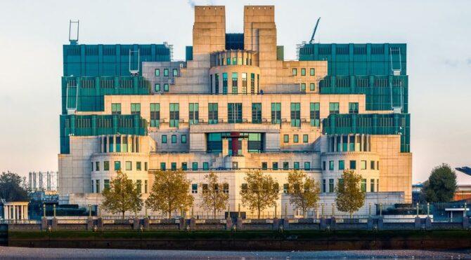 MI6 yeni ajanlar peşinde… Artık sadece tek bir kriter arıyorlar