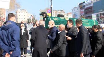 Süleyman Soylunun annesi Servet Soylunun cenazesi camiye getirildi
