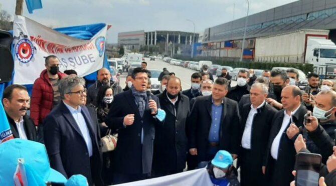 70 kişinin işten çıkarıldığı fabrikada eylem