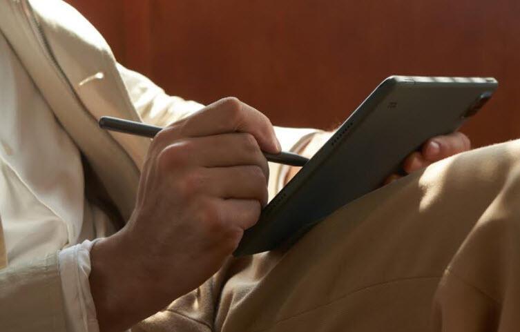 TCL yeni tabletlerini Türkiye'de satışa sunuyor