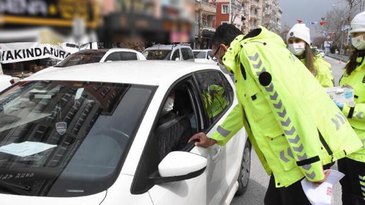 Vali Çelik, hız sınırını bilmeyen sürücülerin ehliyetlerini aldı