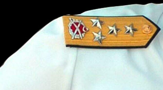 'Mavi Vatan' kavramının isim babası emekli amirale elektronik kelepçe