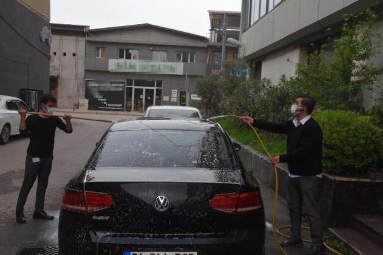 İzmire çamur yağdı Sürücüler zorlandı