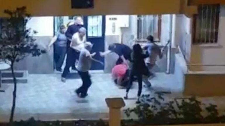 Kız arkadaşını dövdü Komşusunun yüzüne çatala vurdu