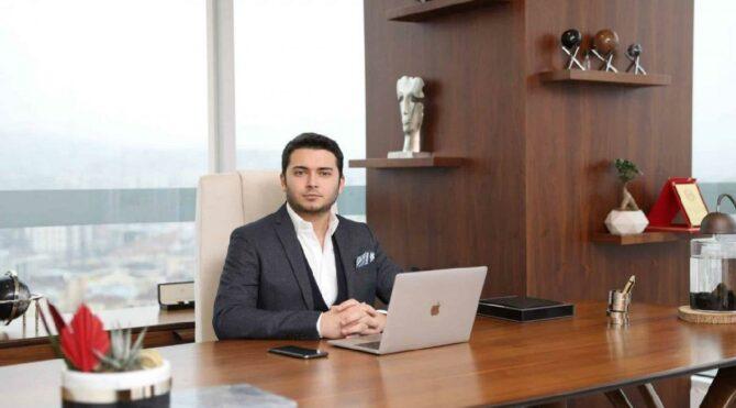 Fatih Faruk Özer: Interpol'ün aradığı 30'uncu Türk