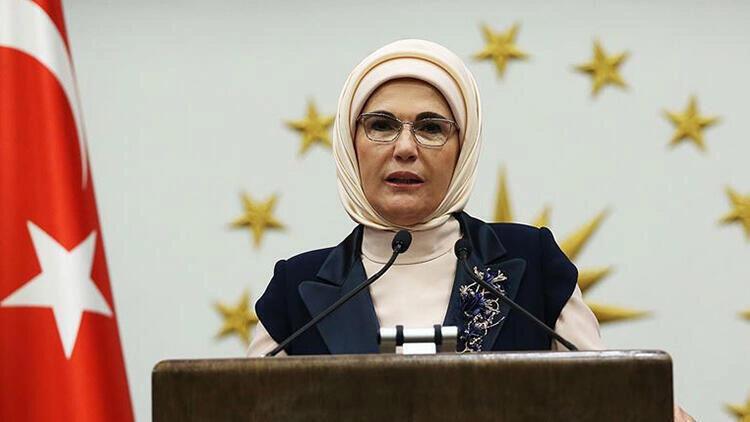 Emine Erdoğan'a kadın devlet başkanları ve lider eşlerinden Kovid-19'a karşı dayanışma teşekkürü
