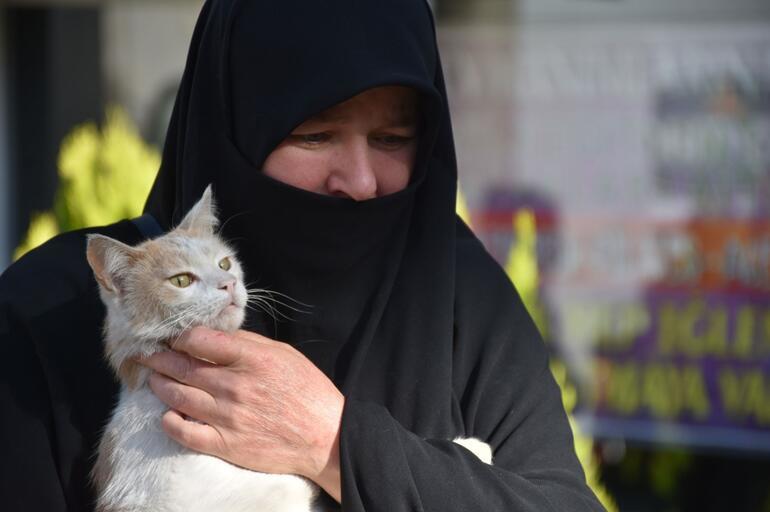 Sivasta aynı bölgede ikinci kez işkence yapılarak öldürülmüş kedi bulundu