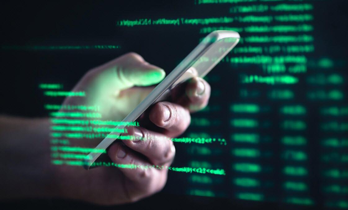 Siber suçluların hedefinde yaşlılar var