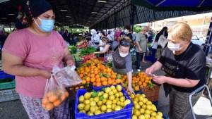 Antalya pazarlarında alışveriş hareketliliği!