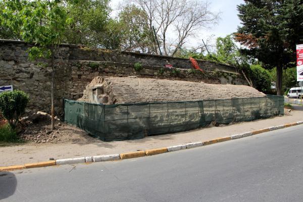 Beyoğlu'nda bulundu! Yaklaşık 200 yıllık...