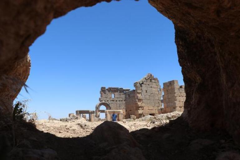 Zerzevan Kalesindeki Mithras Tapınağına bağlantılı yapılar bulundu