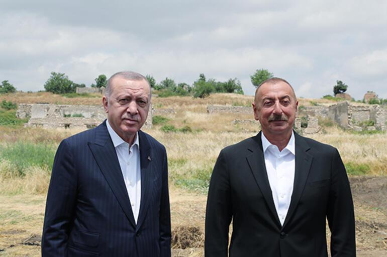 Cumhurbaşkanı Erdoğan, Azerbaycanda Şuşayı ziyaret etti