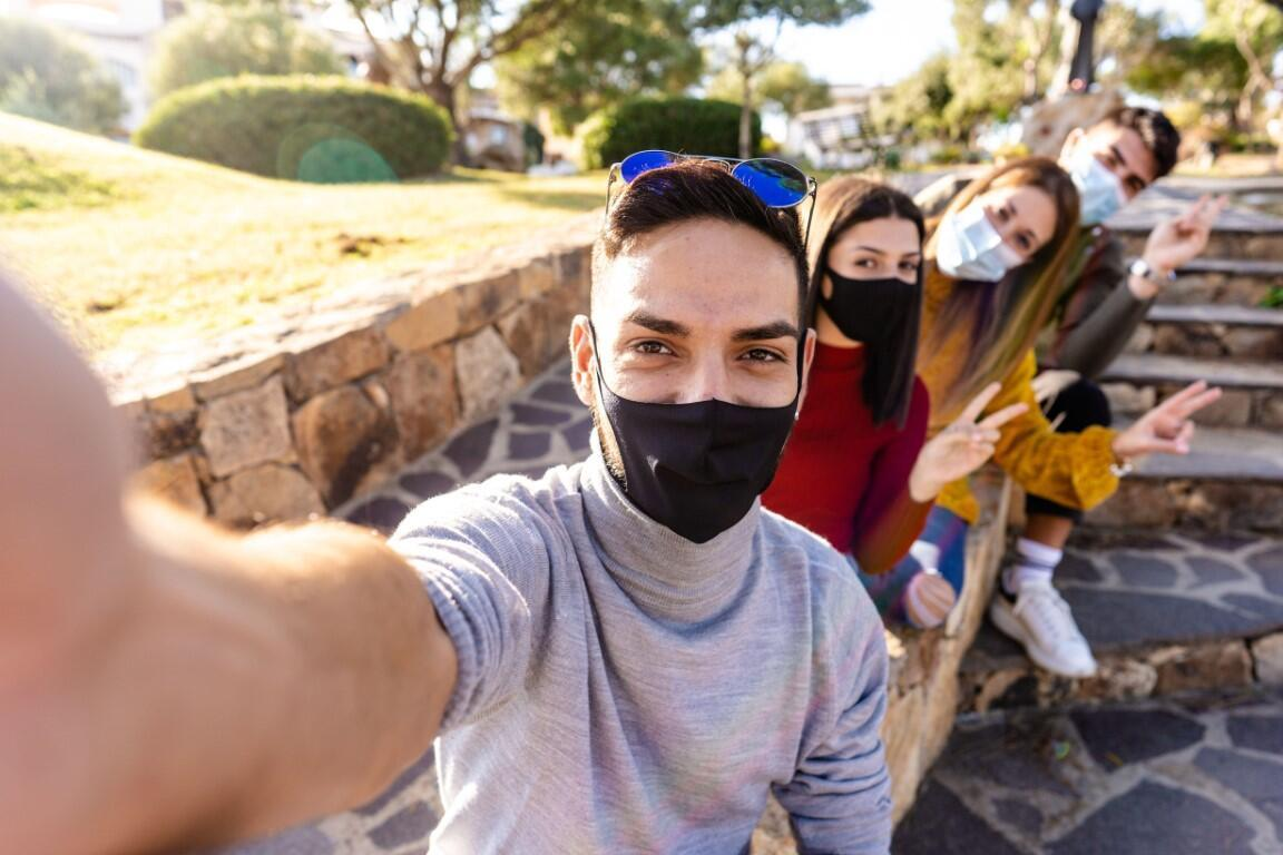 1 SORU 5 UZMAN | Açık havada maske hâlâ gerekli mi?