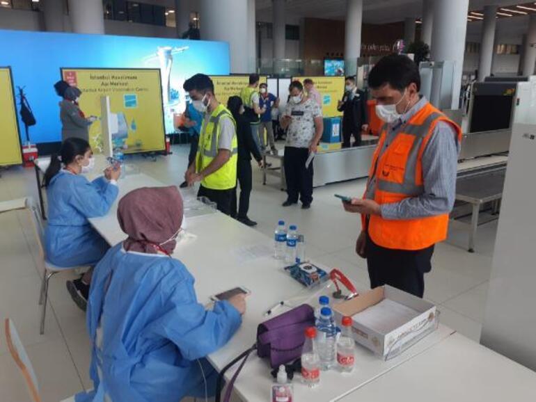 İstanbul Havalimanında aşı merkezi hizmete girdi