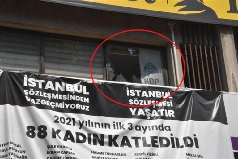 Son dakika: İzmirde HDP il binasında Deniz Poyrazı öldüren saldırgan Onur Gencer tutuklandı