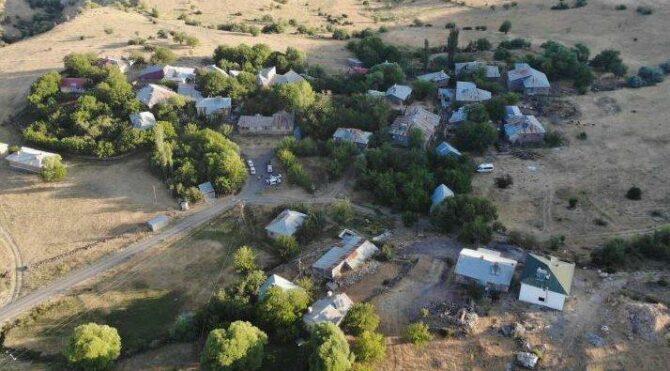 Deprem en çok Elazığ'ı etkiledi… Hasar gün ağarınca ortaya çıktı