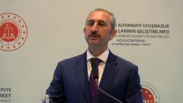 Adalet Bakanı Gül: Uzlaştırmacı için hukuk fakültesi mezunu şartını getireceğiz
