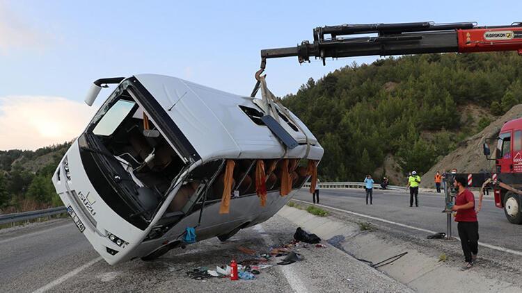 Denizli'deki kazada 25 yaralıdan 20'si taburcu oldu