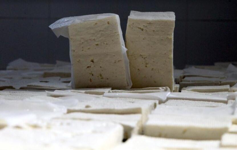 Peynir yerine ne yiyoruz?   6 SORU 6 YANIT
