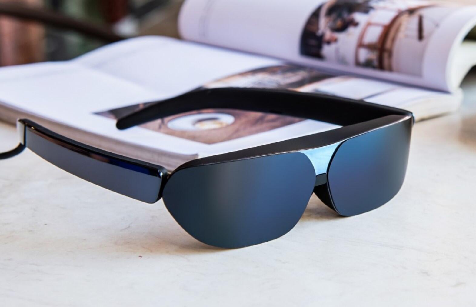 TCL, yeni akıllı gözlüğünü görücüye çıkardı