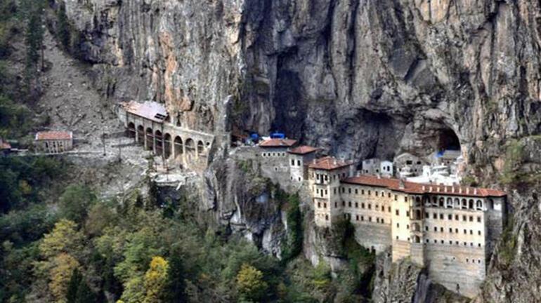 Sümela Manastırı 5 yıl sonra ziyarete açıldı
