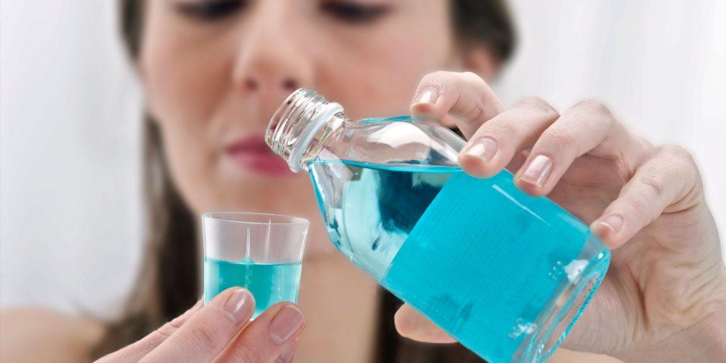 Ağız bakım suyuyla ağzını çalkalayan kişi trafik uygulamasında 1,03 promil alkollü çıktı! - Gıda Dedektifi