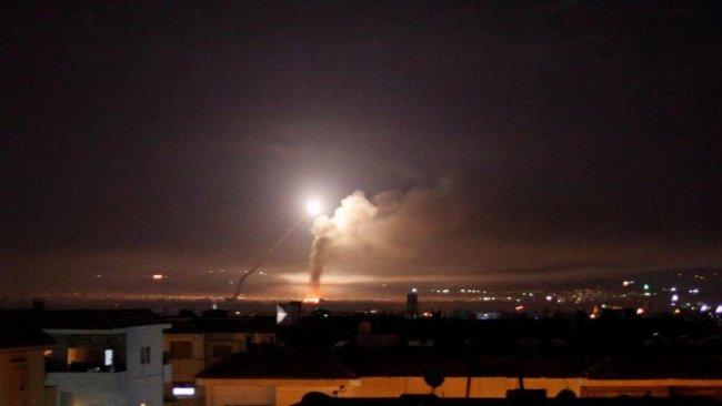 Flaş! Suriye'ye hava saldırısı