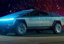 Tesla Cybertruck Devrim Yaratan Görünümü ile Görenleri Şaşırtıyor