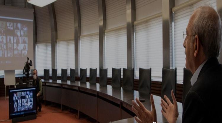 Kılıçdaroğlu Video Konferans Sistemi İle Öğrencilerle Sohbet Etti....