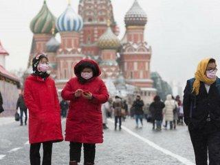 Rusya'da bir günde 10,633 KOVİD-19 vakası tespit edildi